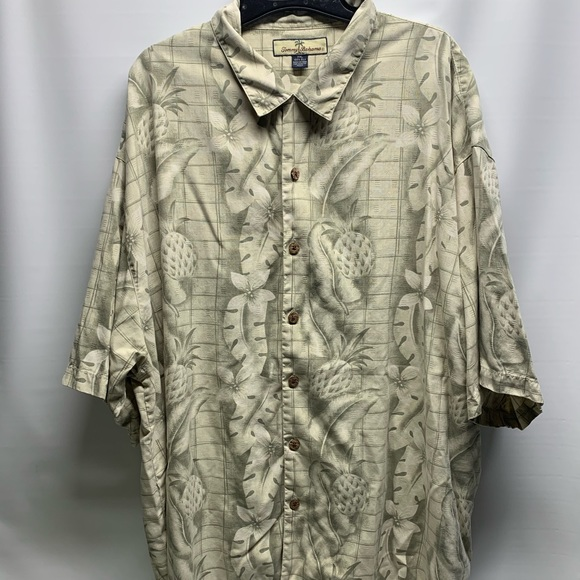 Tommy Bahama Other - Men's 100% Silk Tommy Bahama Button Down XXL Shirt